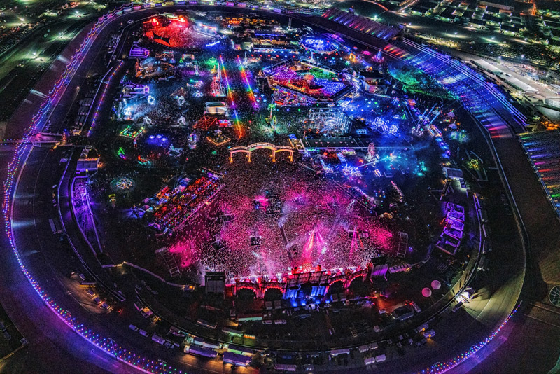 Reserve helicopter transfers to and from the Las Vegas Motor Speedway for EDC