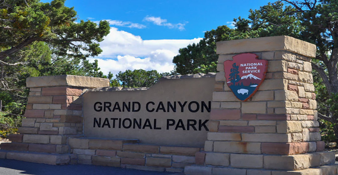 Take this express flight to the Grand Canyon and then take a ground tour of the national park