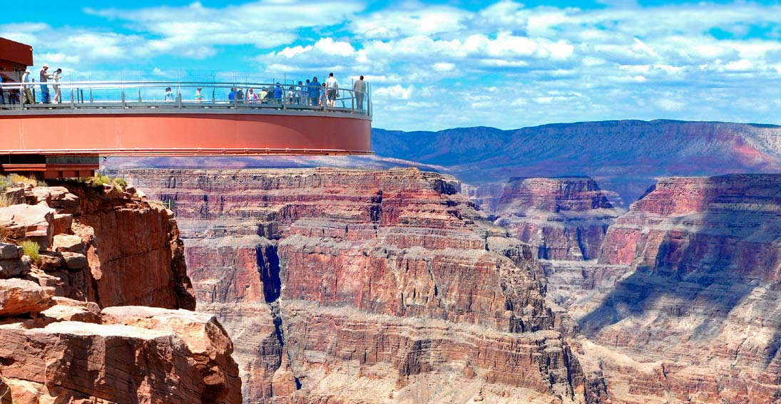 Amazing views of the Grand Canyon from the Skywalk