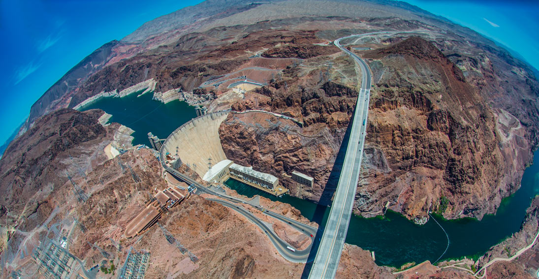 Capture amazing views of Hoover Dam and Lake Mead on your way to the canyon