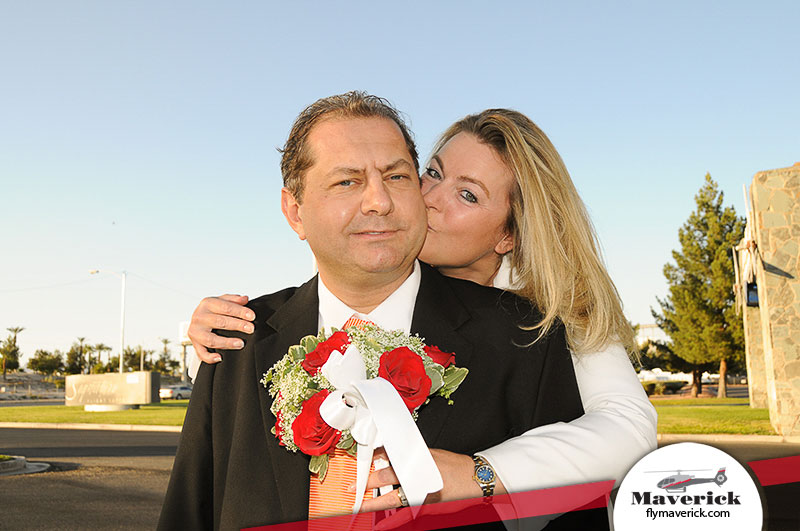 Marriage Proposal Package in Las Vegas Neon Lights 702 948 1325