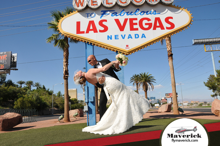 Las Vegas Twilight Wedding Couple Say I Do